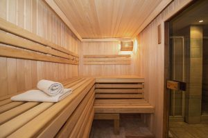 Construire un sauna : la banquette